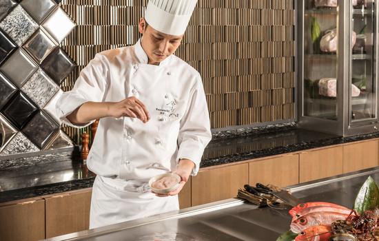 食事券特集 掲載コース「ひのきざか 鉄板焼/ザ・リッツ・カールトン東京」