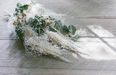 お花のプレゼント|どんな空間にでも合う「ある日」のドライスワッグ|フラワーギフト
