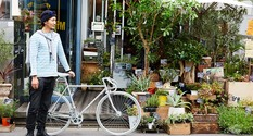 シンプルなデザインながら、個性的な街乗り仕様のクロスバイクが完成します